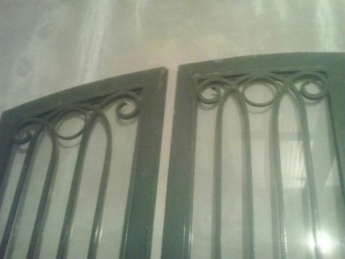 portón de hierro antiguo