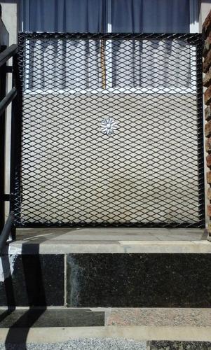porton de hierro malla a medida 80x90