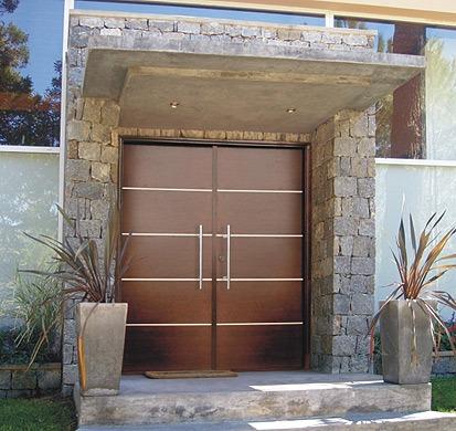 Porton puerta doble madera oblak moderna 1283 160cm lustrada en mercado libre Puerta doble madera