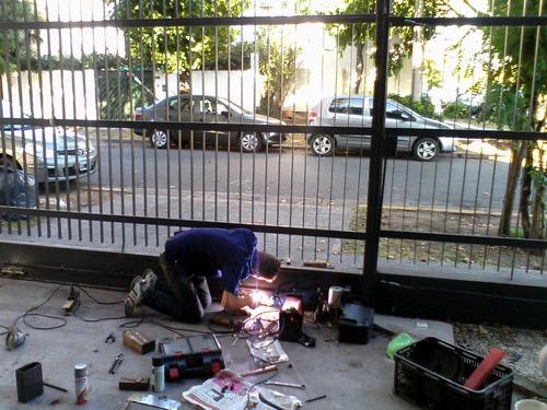 portones automaticos reparación mantenimiento urgencias 24hs