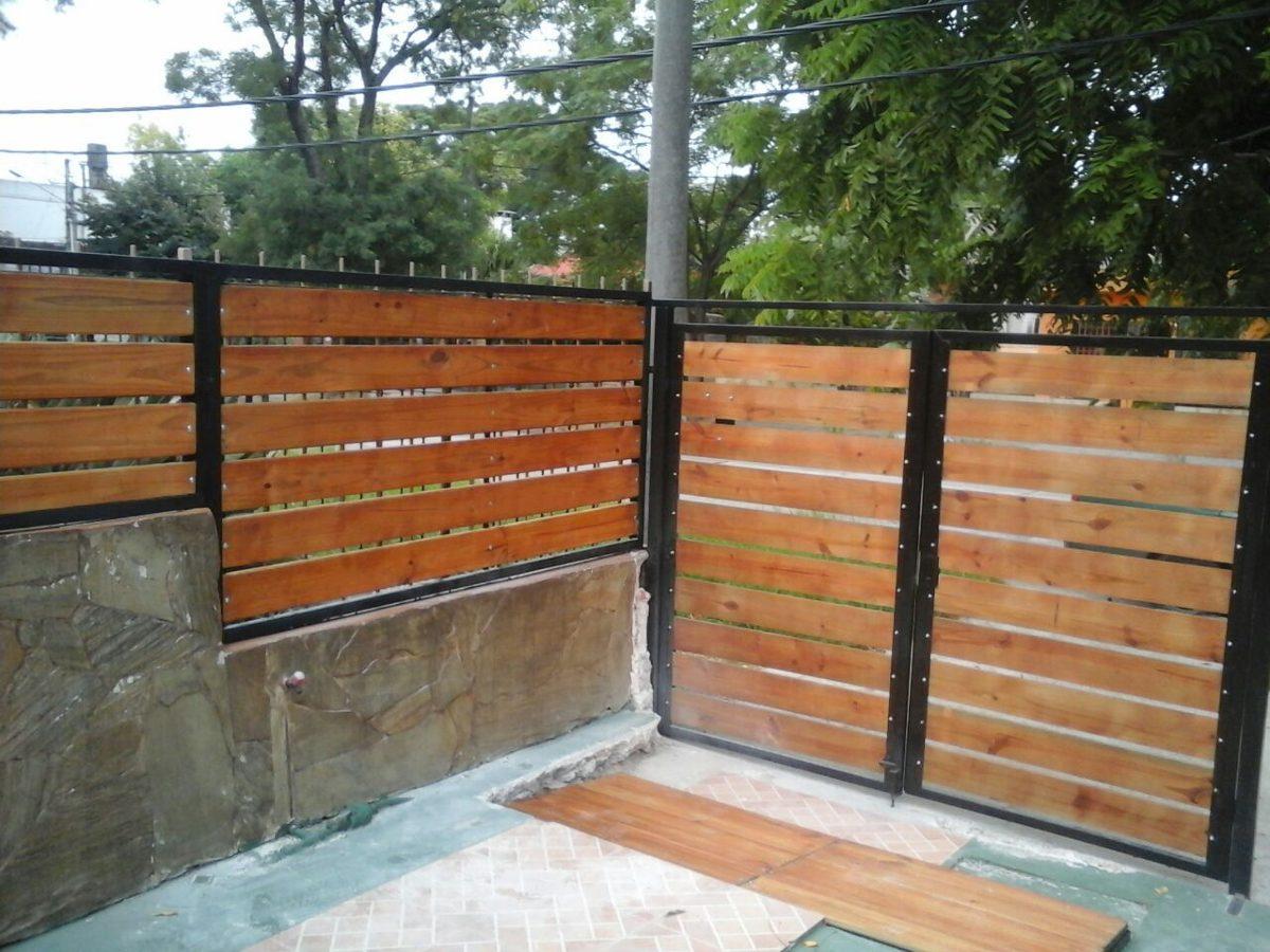 Portones d hierro y madera oferta hierro total for Modelos de portones de hierro