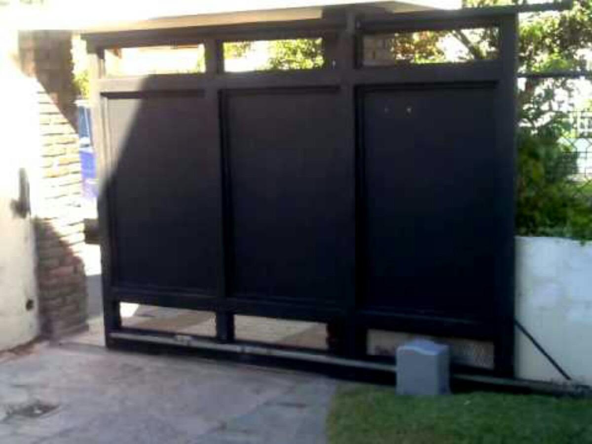 Portones de hierro corredizos casa garaje empresa reja for Modelos de portones de hierro y madera