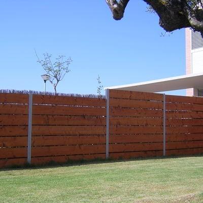 Portones y cerramientos corredizos de hierro y madera - Cerramientos de madera para jardin ...