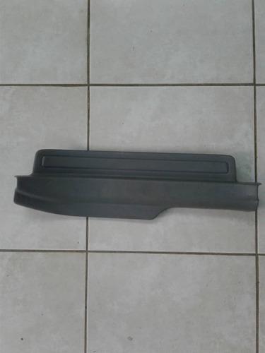 posapie trasero izquierdo corolla 2012