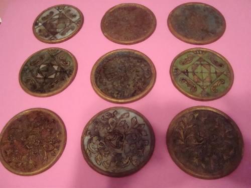 posavasos de artesanías indígenas argentinas vidrio y madera