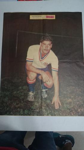 poster de chava reyes chivas guadalajara fútbol