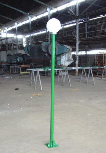 postes de luz: fábrica, repuestos y accesorios.