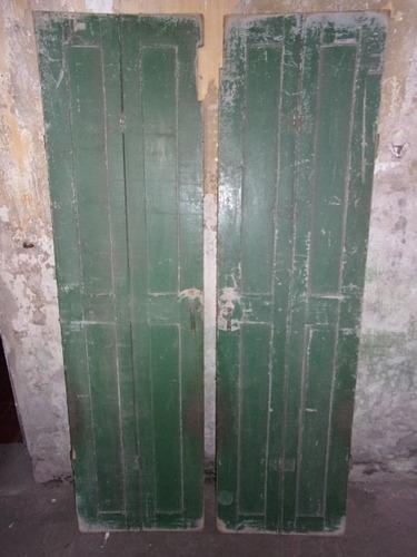 postigos antiguos de buena madera para uso o decoración