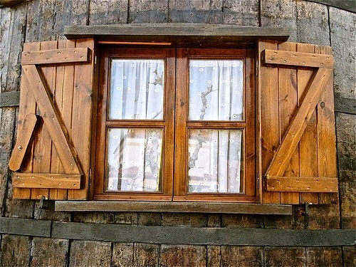 Postigos portones puertas ventanas estilo campo for Mercadolibre argentina ventanas de madera