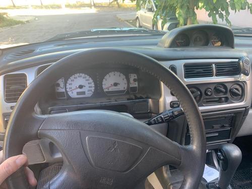 potente camioneta mitsubishi nativa 2004