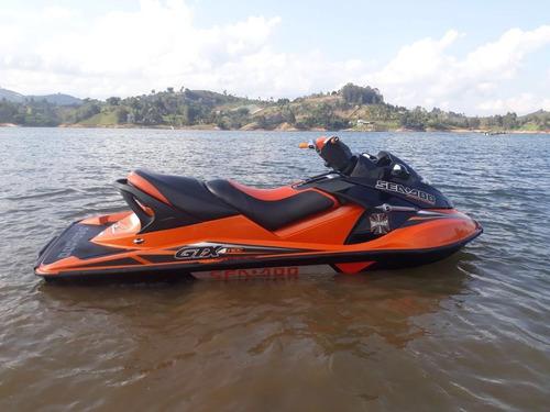 potente moto acuatica marca seadoo