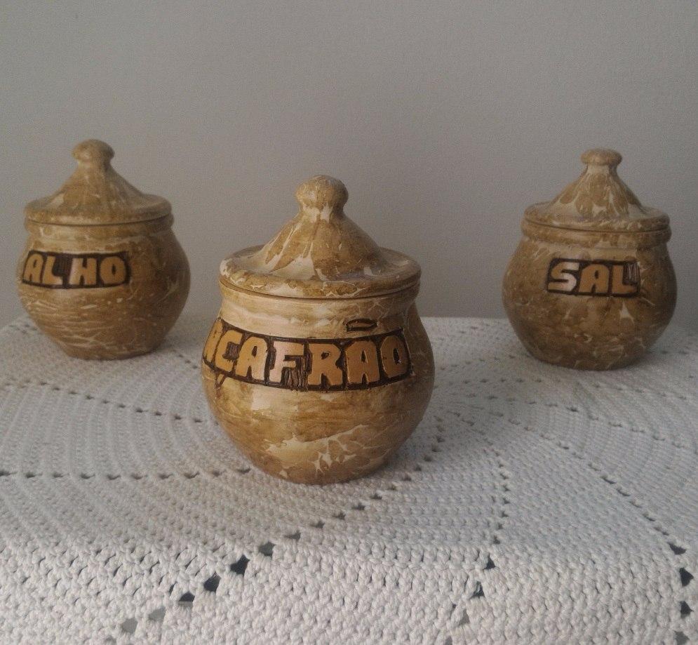 Jogo Decora O Cozinha Tr S Potes De Barro P Tempero Alho R 60  ~ Potes Decorativos Para Cozinha
