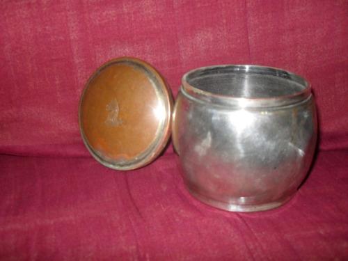 potiche antiguo bañado en plata