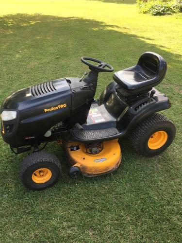 poulan 19 hp ,impecable tractor,perfectas condiciones de uso