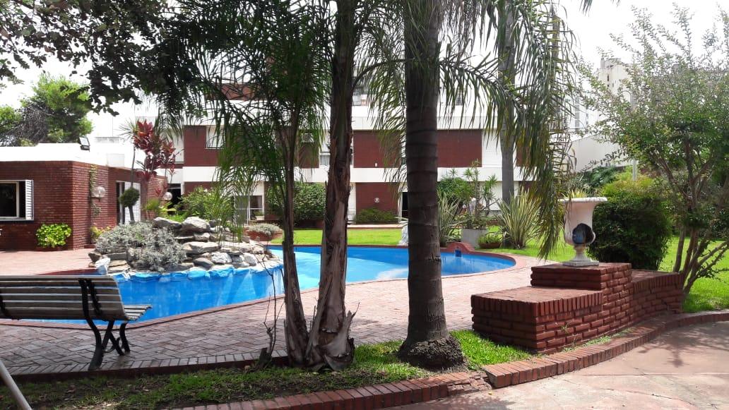 pque. chacabuco; zuviría 1950; 1800 m2