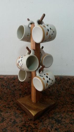 práctico porta tazas elaborado en madera