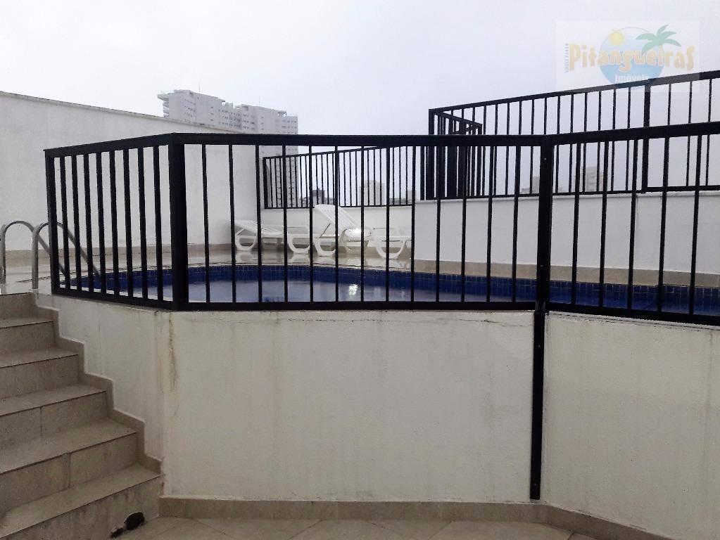 praia da enseada, apartamento reformado, prédio com boa localização e piscina. - ap3577