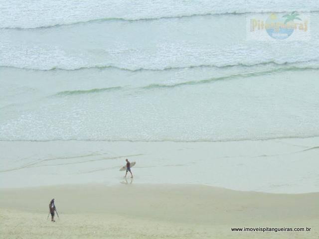 praia das pitangueiras - frente mar - todo reformado - bem localizado. - ap3857
