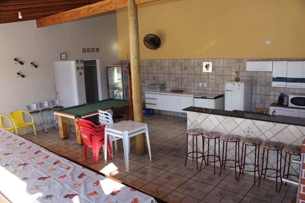 praia de maranduba / ubatuba / casa bege 35 pessoas