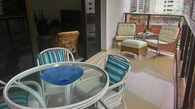 praia de pitangueiras preço imperdível,alto padrão lindo apto top de linha,140 m² úteis,2 garagens,churrasqueira. - ap2609