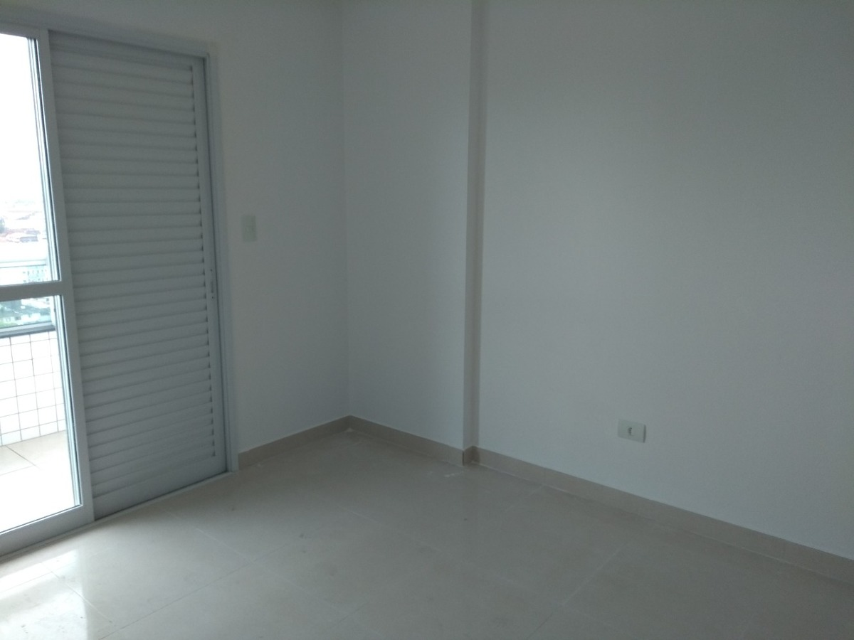praia grande, apartamento no guilhermina r$ 350 mil cn853