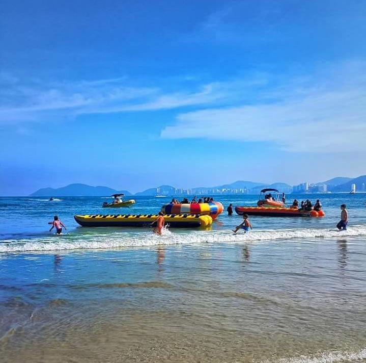 praia guarujá temporada
