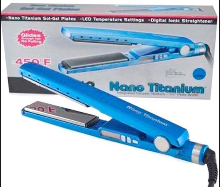 820d477e6 Prancha Chapinha Nano Titanium Original Profissional 450ºf - R$ 79 ...