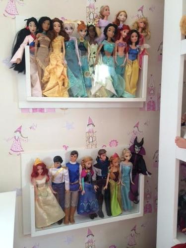 prateleira estante para  expor guardar bonecas