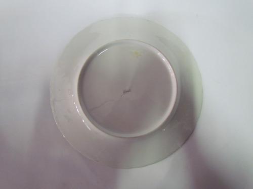 prato em porcelana motivos florais