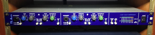 preamplificador, di e compressor valvulado tl-audio c2021