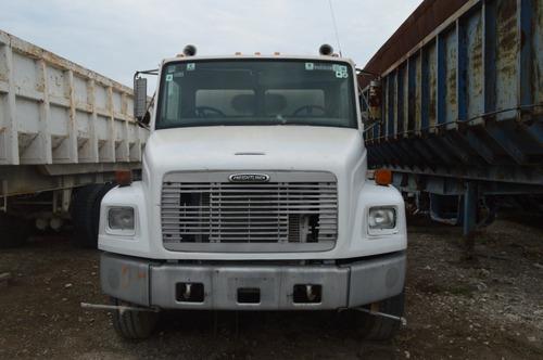 precasa barredora freightliner fl70 rabon 2001 incompleto