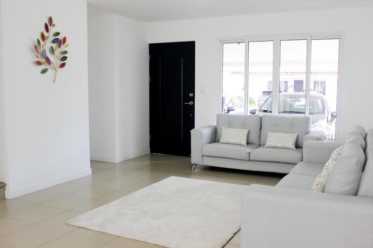precio negocia exclusiva casa a estrenar hermosa ubicación!