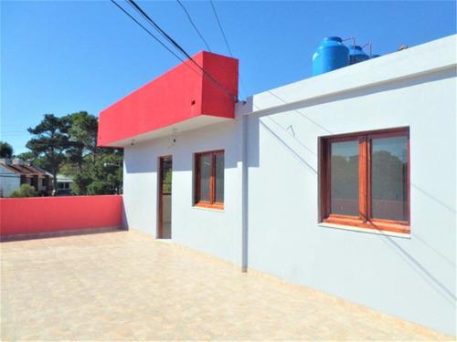 preciosa casa a estrenar espacio guardacoche gran terraza