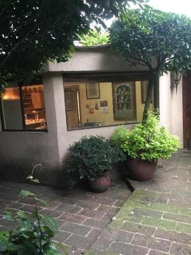 preciosa casa a una calle de czda de los leones gtz zamora y las aguilas