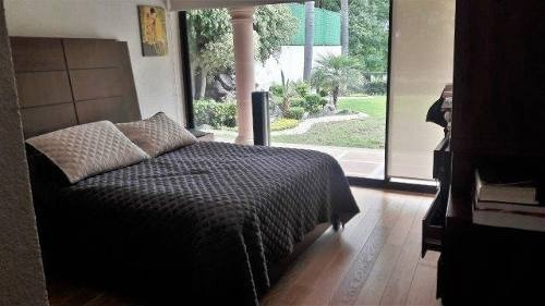 preciosa casa con amplio jardín en venta en villas del mesón (bg-c)