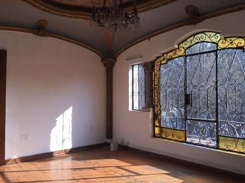 preciosa casa con uso de suelo
