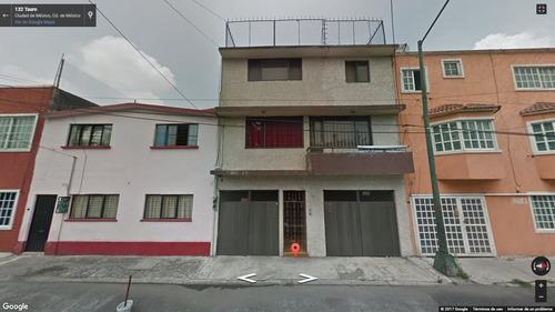 preciosa casa de 3 niveles en promoción, entrega inmediata!