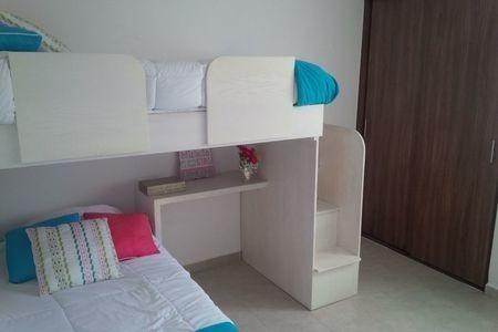 preciosa casa de 3 recámaras, 2 niveles, 1.5 baños, privada