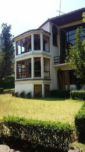 preciosa casa de campo con estilo arquitectónico