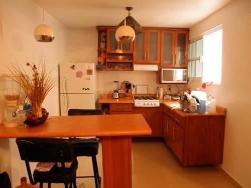 preciosa casa de tres niveles en colonia nezahualpilli