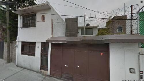 preciosa  casa dos niveles  adjudicada lista notario