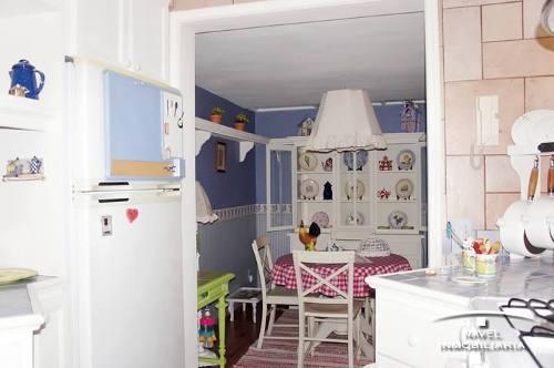 preciosa casa en c. h. desarrollada en 2 niveles, cav-3232