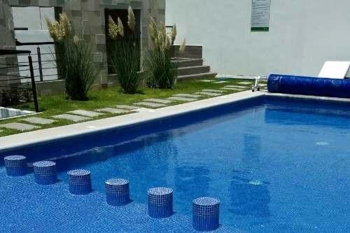 preciosa casa en cañadas del lago,  3 recamaras, una en pb, alberca, de lujo !!