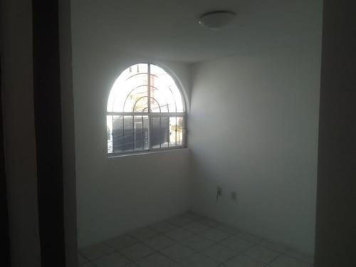preciosa casa en candiles, como nueva, 3 recamaras, t.131 m2 - ganela