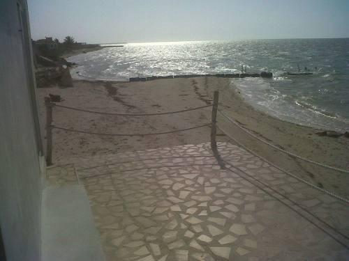 preciosa casa en chabihau frente al mar