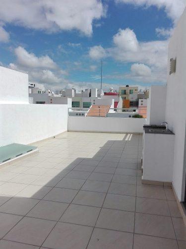 preciosa casa en el mirador con roof garden, estudio o 4ta recámara en p.b, lujo