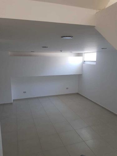 preciosa casa en el mirador, enorme sótano, 3 recámaras, 3 baños, premium !!