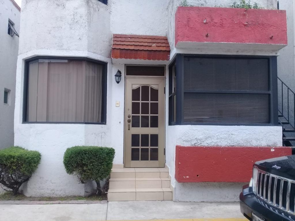 preciosa casa en fraccionamiento privado