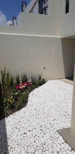 preciosa casa en venta en azhala zibatá