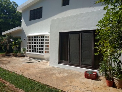 preciosa casa en venta en la colonia buenavista